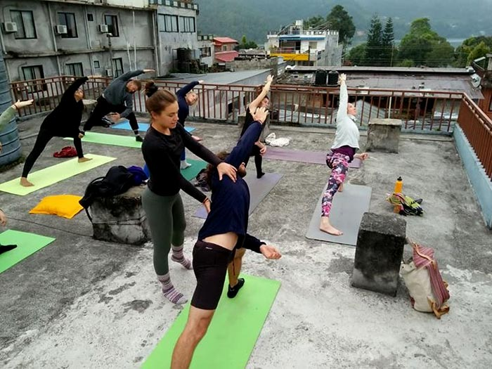 Ski and yoga in Peisey Vallandry with Rebecca